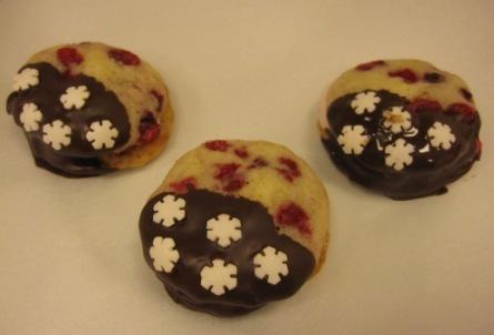 Chokladdoppade lingonwhoopies