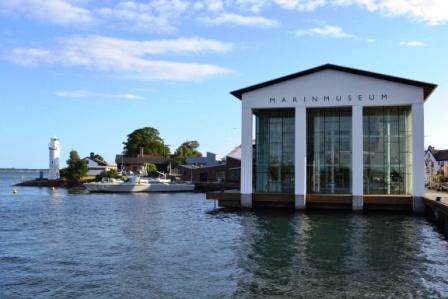 Marinmuseum från vattnet, örlogsstaden Karlskrona, Livsaptit