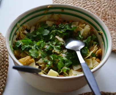 Ostfri coleslaw med ananas, chili och koriander, Chibichibimoon, Livsaptit