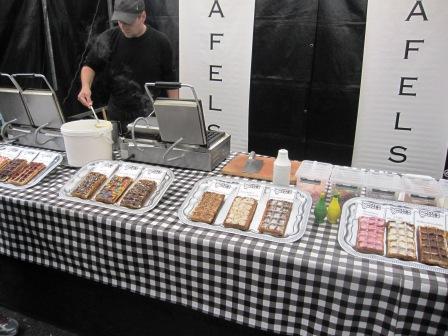 Holländskavåfflor med en massa topping, Matmarknad, Amsterdam, Livsaptit