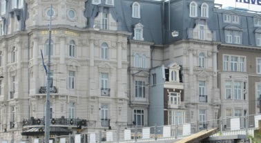 Inbyggt hus, Amsterdam, Livsaptit