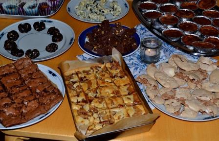 Chocoholicbuffébord, brownies, Brownies black and white, Fudge med valnötter, maränger med salt mandel och choklad mm, mm, Kurs, Chocoholic, Livsaptit