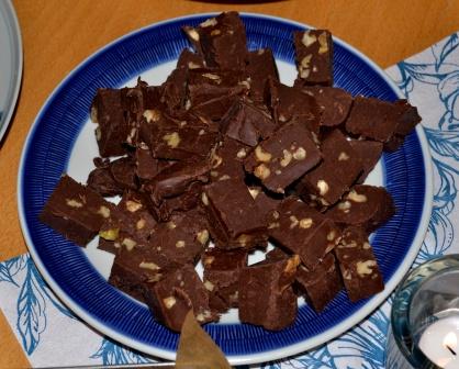 Mörk chokladfudge med kondenserad mjölk och valnötter, Chocoholic, Livsaptit