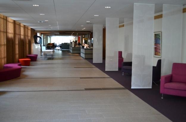 2, Lobby, Entré, Vann, Besök av Livsaptit