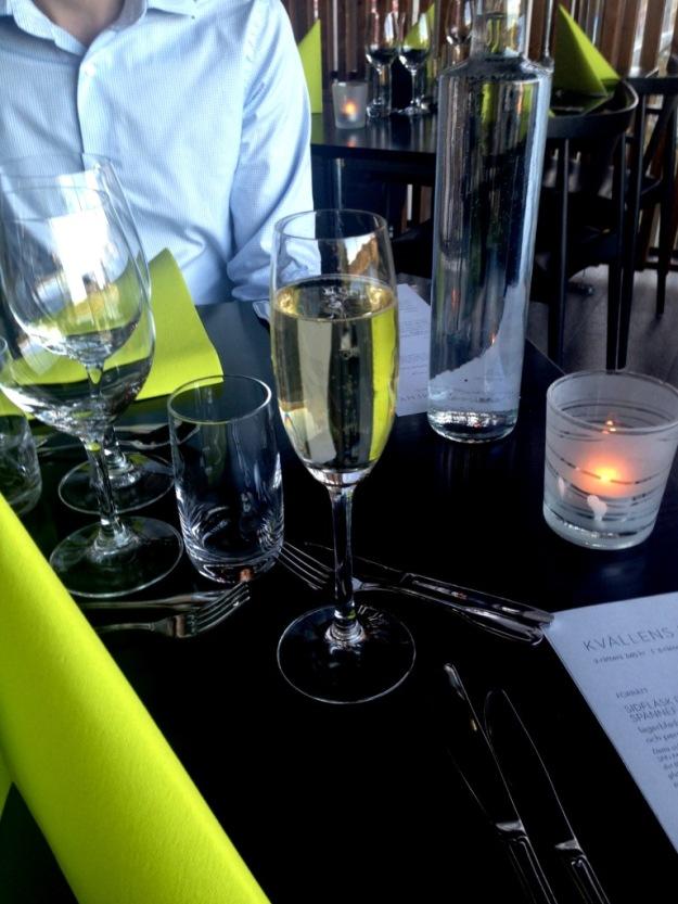 Champagne, Vann, Besök av Livsaptit