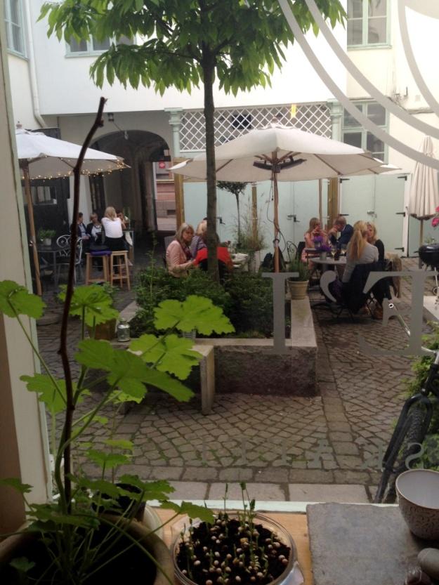 Innergården Kyrkogatan 13, Kaffeprovning, koppning, Kale'i Kaffebar,