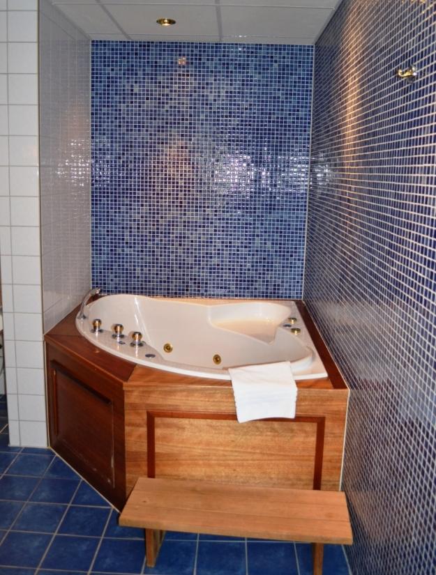 Vår svit, badrum, Vann, Besök av Livsaptit