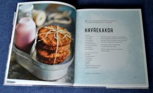 Havrekakor, Exempel på ett uppslag, Recension av Smarta sötsaker utan socker, gluten och mjölk av Ulrika Hoffer, recension av Livsaptit