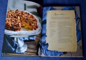 Mazarin-toscatårta, uppslag ur Mingel och festmat med Denise av Denise Rudberg, recension av Livsaptit