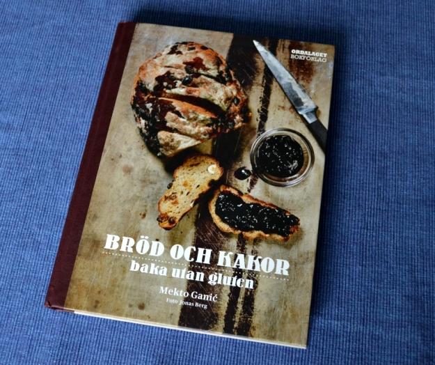 Recension av Bröd och kakor, baka utan gluten av Mekto Ganic, recension av Livsaptit