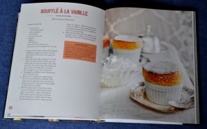 Soufflé à la vanille, uppslag ur Franska bakverk av Mia Öhrn, recension av Livsaptit