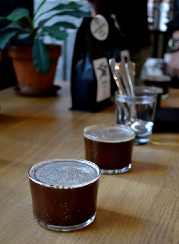 Kaffeprovning på Kale'i kaffebar, Göteborg, Bloggforum 2014, Matvandring, Livsaptit