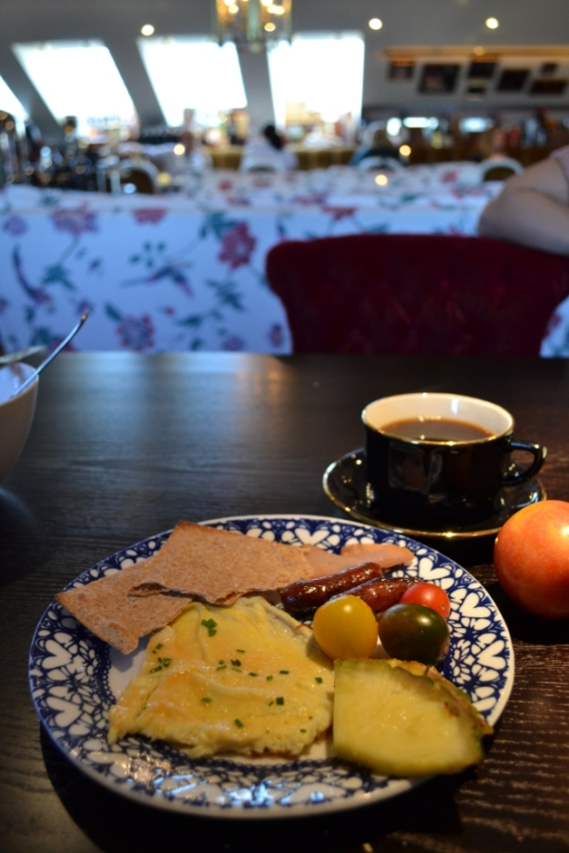 Omelett, Tunnknäcke, Viltkorv, Frukost, Hotel Pigalle, Restaurang Atelier, Bloggforum, Livsaptit