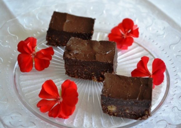 Raw brownies, recept, Livsaptit, nyårsdessert, kaka, vegan