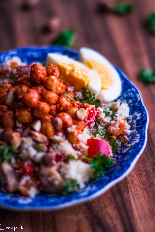 Blomcoussallad med harissakikärtor inspirerad av Marockonsk couscous, Recept, Meatless Monday, Livsaptit, Vegetariskt