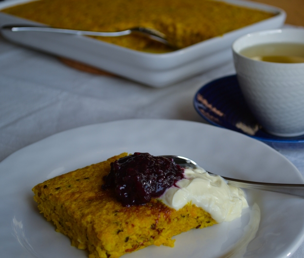 Saffransquinoapannkaka med salmbärssylt, Internationella pannkaksdagen, Recept, Livsaptit