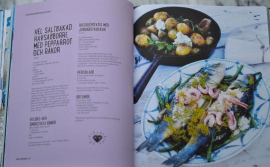 Fun dining av Elisabeth Johansson, Hel saltbakad havsabborre, recension, Livsaptit