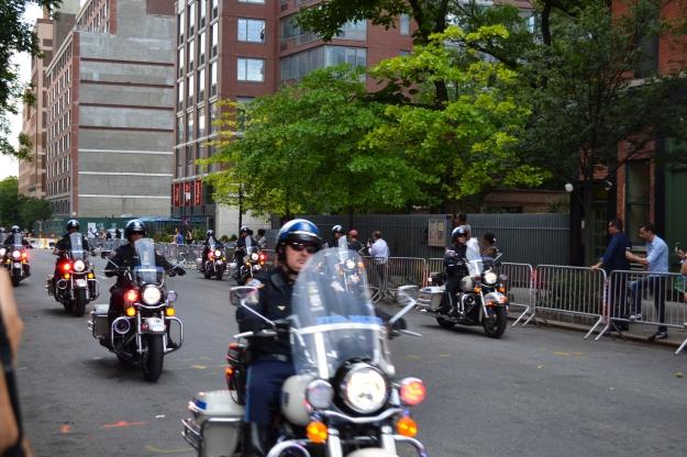 Poliskortege för president Barack Obama, New York, Livsaptit