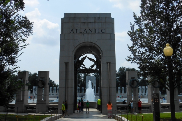 National World War II Memorial från Atlantic-sidan , Washington D.C., USA 2015, Resedagbok, Livsaptit