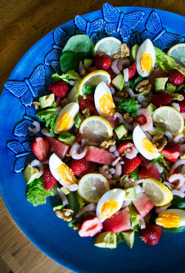 Jordgubbsmelonsallad med räkor, ägg och citron, Sommar, Livsaptit, Recept, 2016